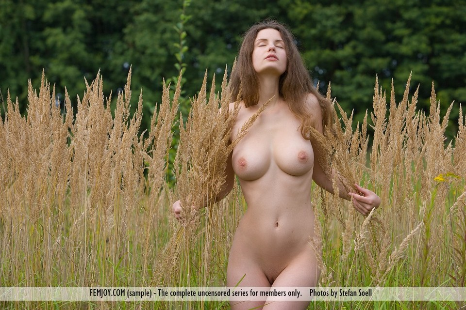 foto-na-prirode-golie