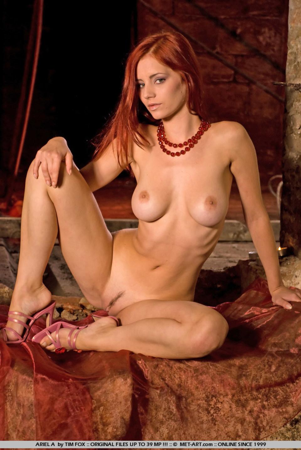 porno-s-rizhey-modelyu